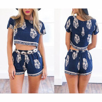 FASHION SHORT-SLEEVED PRINTED TWO - PIECE