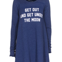 WILDFOX  Get Under The Moon City Night Sweater-Dress mit Slogan-Print  - What's new