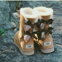 UGG:: bow leather boots boots in tube Yellow I