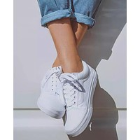 Vans Old Skool Classics All White Sneaker Full White