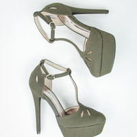 Sassy Stiletto Pumps in Olive