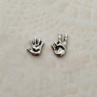 New spring Floating charms for living locket  Silver heart hand ... Peace hand
