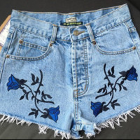 High Waist Embroidery Flower Shorts