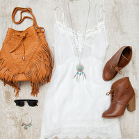 Believer Fringe Purse in Tan