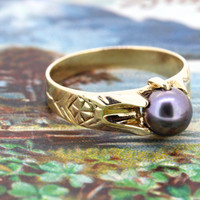 Antique Pearl Engagement Ring | Victorian Ring | Tahitian Pearl Gemstone Ring | Vintage Yellow Gold Promise Ring | Belcher Ring | Size 7.25