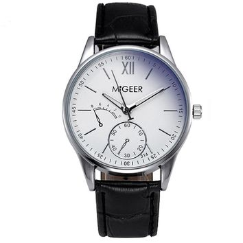 Fashion Roman Numerals Quartz Wrist Watch