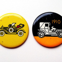Set of 2 vintage Soviet era tin pins pinback buttons with historic car images, made in the USSR (1970s)