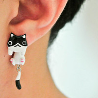 Cute Black and White Cat Clinging Handmade Polymer Clay Earrings, Light Weight, Cat Face, Cat Post, Kitty, Handmade, unique, ideal gift
