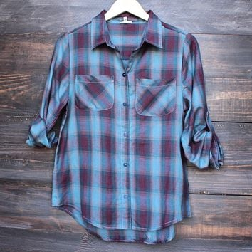 city strut button up plaid flannel shirt