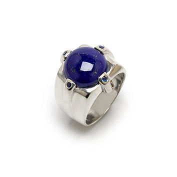 Dasha Ring in sterling silver with sapphires