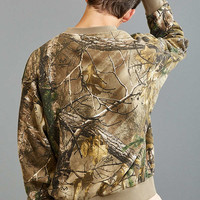 FairPlay Realtree Camo Rogue Crew Neck Sweatshirt | Urban Outfitters