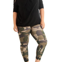 Women's Plus Size Green Camouflage Activewear Leggings