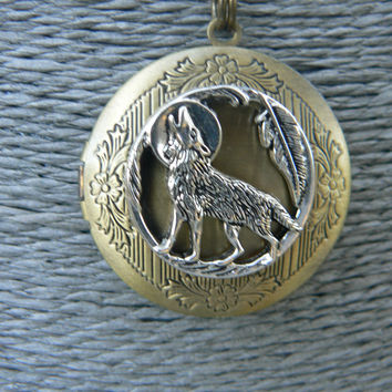 Wolf Tribal Photo Locket Necklace