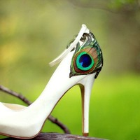 Ivory Satin Peep Toe Peacock Pumps Size 10 by LaPlumeEthere
