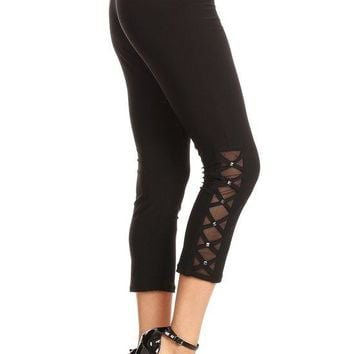Mesh & Stud Capri Leggings