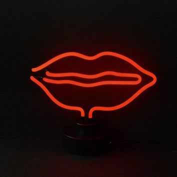 Lips Neon Sculpture