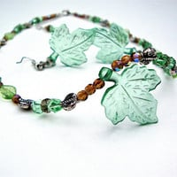 Fall green leaf beaded necklace and earring set - green beaded necklace - lucite bead necklace - woodland - light weight