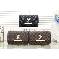 LV 2019 new simple female models wild fashion chain bag shoulder bag