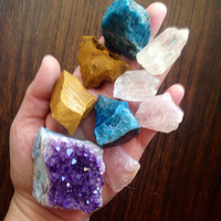 Crystal Collection Raw Crystal Healing Crystals and Stones Rough Stones Raw Amethyst Bohemian Decor Chakra and Reiki Healing
