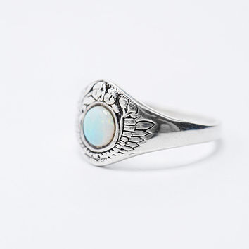 Talon Opal Flowers Ring in Silver - Urban Outfitters
