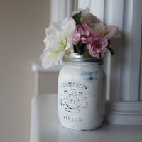 Painted Mason Jar, Distressed Mason Jars, Distressed Vase, Mason Jar Vase, White Vase, Wedding Decoration, Wedding Mason Jars, Gifts