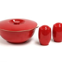 Vintage Red Glazed Universal Cambridge Pottery / Made in the USA / Casserole and Salt and Pepper Antique Stoneware