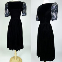1980s black velvet dress, silver sequin short sleeve fit and flare winter party cocktail dress, XS, 4, Ricki Lang for Nuitt