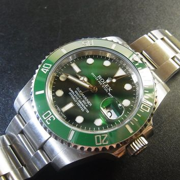 Rolex 116610LV Green Submariner Automatic Watch