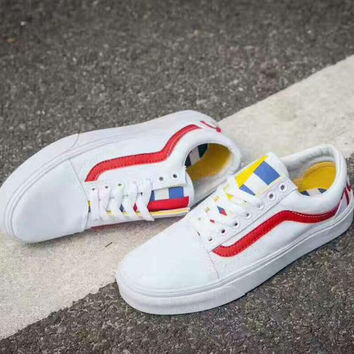 VANS Old Skool Casual Sports Sneakers Shoes white red line B-CSXY