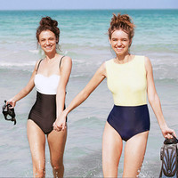 New sexy piece Slim was thin cover belly female bathing suit spell color halter swimsuit