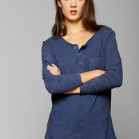 Colorfast Long-Sleeve Henley Tee - Urban Outfitters