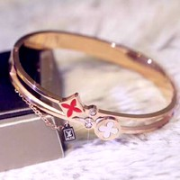 LV new women's four-leaf flower-encrusted shell bracelet