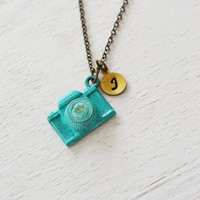 camera necklace, personalized camera jewelry, photographer gift, thank you gift, best friend necklace, initial necklace, photography jewelry