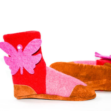 Kids Slipper Socks, Toddler Cashmere Boots from Recycled Materials, Soft Leather Soles. Size kids 7.5 to youth 2.5