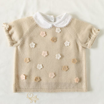 Knitted baby sweater, short sleeves, pearl, 100% merino wool. Baby gift. READY to SHIP size 3-6 months.