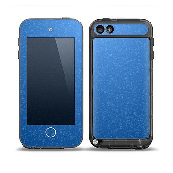 The Blue Subtle Speckles Skin for the iPod Touch 5th Generation frē LifeProof Case