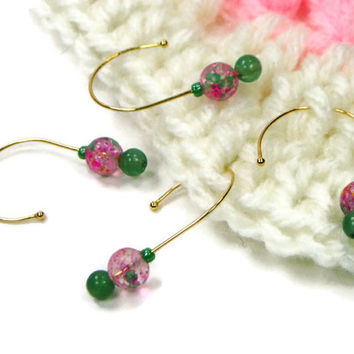 Removable Stitch Markers, Crochet, Snag Free, Beaded, Green, Pink, Gift for Crochet, Snagless, TJBdesigns