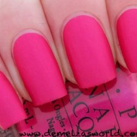 OPI Nail Lacquer Classics Collection NLA20 La Paz-itively Hot