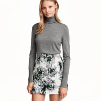 Fine-knit Turtleneck Sweater - from H&M