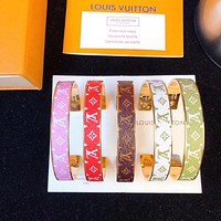 LV Louis Vuitton Presbyopia Open Bangle Bracelet Trend Men and Women Couple Gift Bracelet