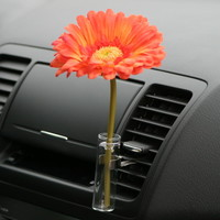 Auto Vase Orange Daisy