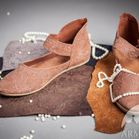 Medieval Leather Womens Shoes; medieval shoes; womens shoes; ren shoes