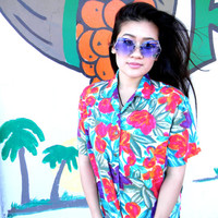 Welcome to the Jungle - Vintage 80s WILD Floral Shirt in Jungle Foliage and Tulips Print - Size Medium M - Rainbow Brite Colors Power
