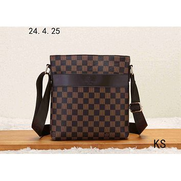 LV 2019 new men's business style classic presbyopic briefcase shoulder diagonal package Coffee check