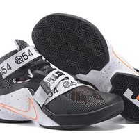 NIke Zoom LeBron James  Soldiers 9 ¢ù\