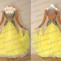 NEW READY TO WEAR SASSY YELLOW GEORGETTE BALLROOM DRESS SIZE:6 WB3443