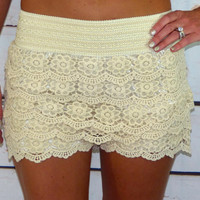 Floral Lace Shorts: Ivory