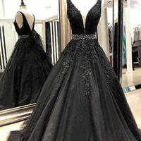 Evening Dress Black Beaded Prom Dresses Illusion Appliques