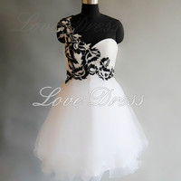 Charming Sweetheart one-shoulder embroidery prom dress / homecoming dress