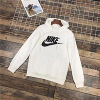 Classic NIKE Sweater Hoodie for Women Men